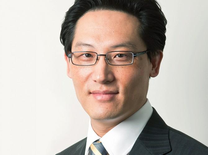 Dr Kwon Kang